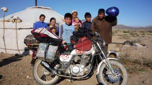 """Rallies solidarios, Por Ricardo Fité (""""No le digas a la mama que me he ido a Mongolia en moto"""")"""