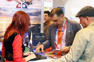 Fitur 2017: Ricard Tomás, ofreciendo información sobre sus viajes por Kirguistán.