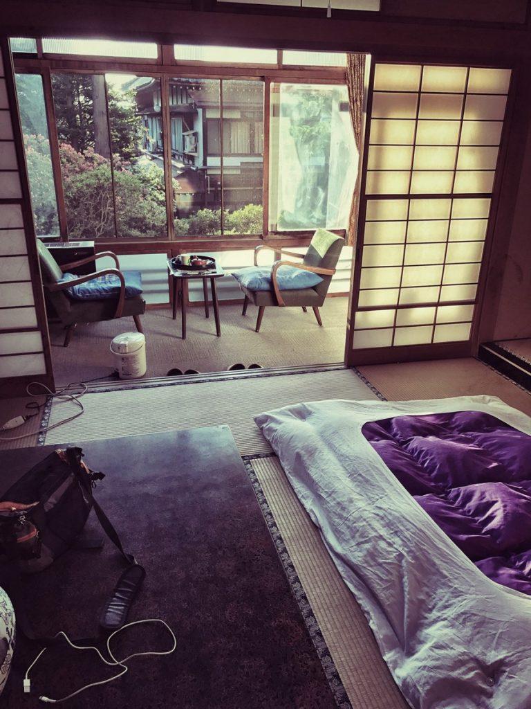 Mc Bauman en Japón: Ryokan con vistas