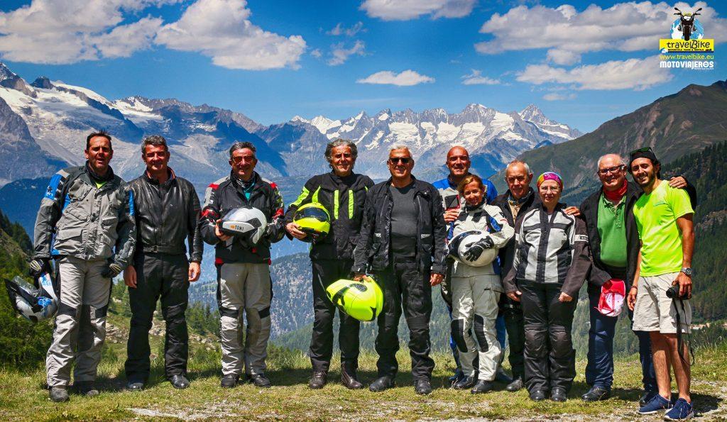 El Alpes en moto, con Travelbike.