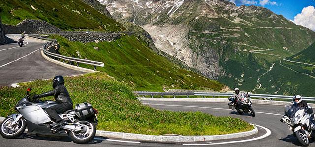 Los Alpes en moto, con Travelbike