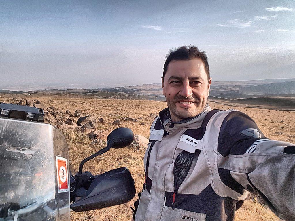 Cambiando Dakar por Armenia.