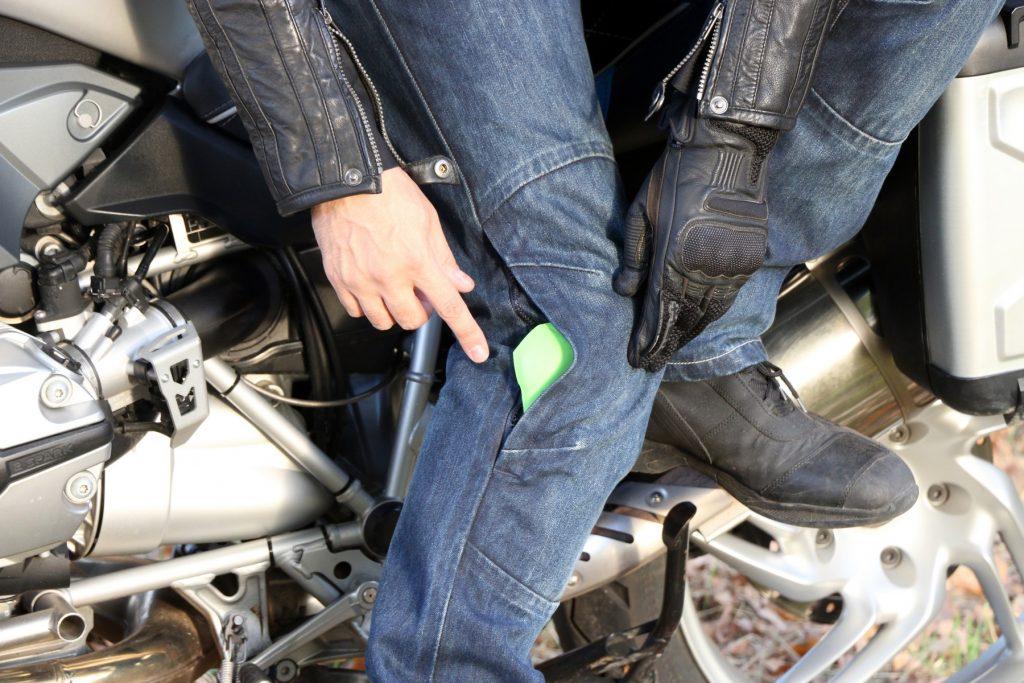 Ropa Held Urban & Lifestyle: Chaqueta Street Hawk, pantalones vaqueros Barrier, botines Pike.