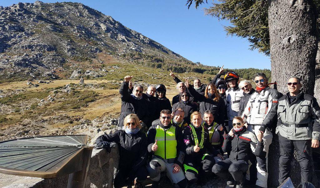 Sierras y Valles por Extremadura, con ROM  Rutas Organizadas en Moto. Puerto del Pico (Ávila).