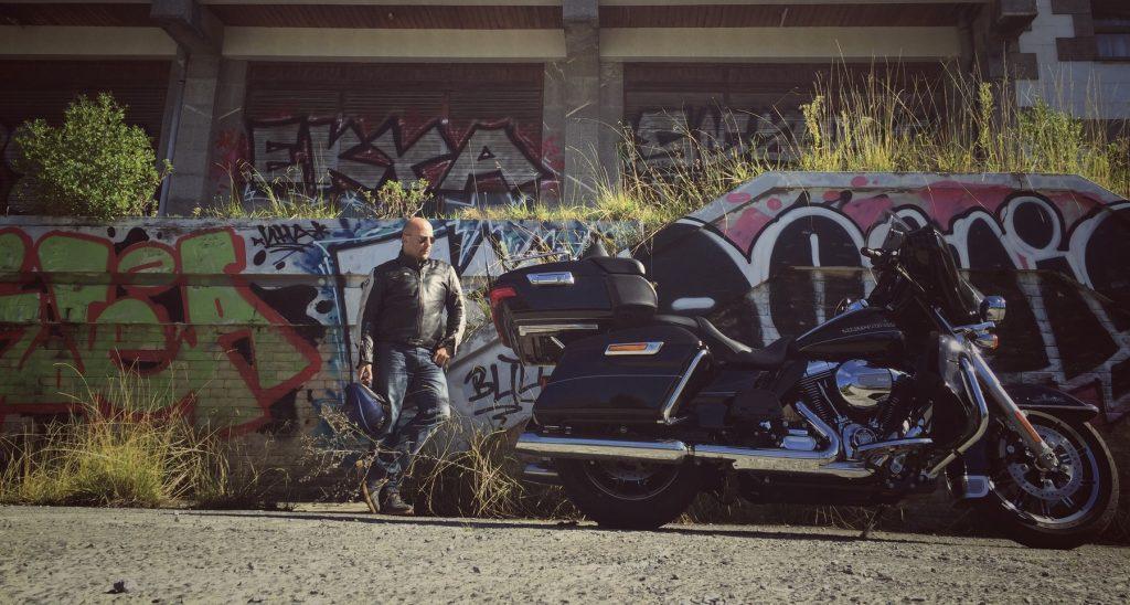 Según Mc Bauman: Por la de cruces que me podría perder con una Harley...