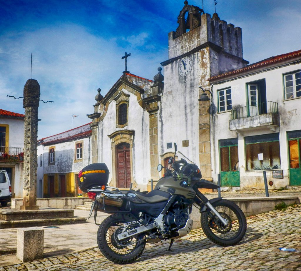 Sarzedas: Ruta en moto por la Beira Baixa y el Parque Internacional del Tajo Internacional