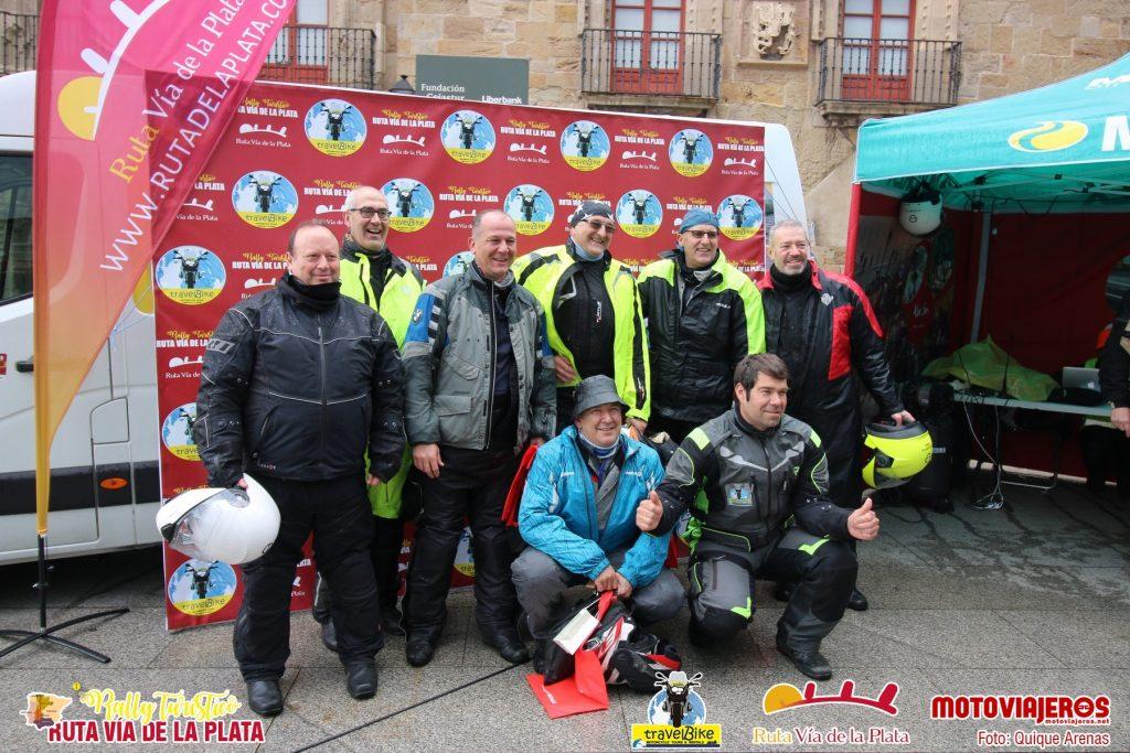 Llegada a Gijón: último punto de sellado en el pasaporte del Rally.