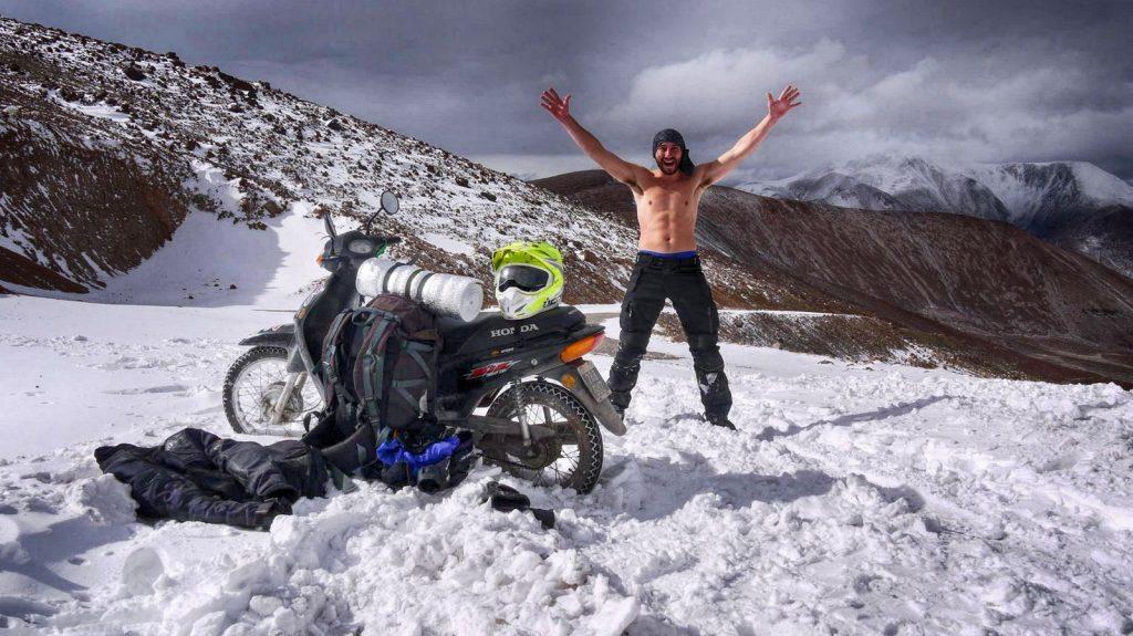 Con Bizcacha 2, en los Andes.