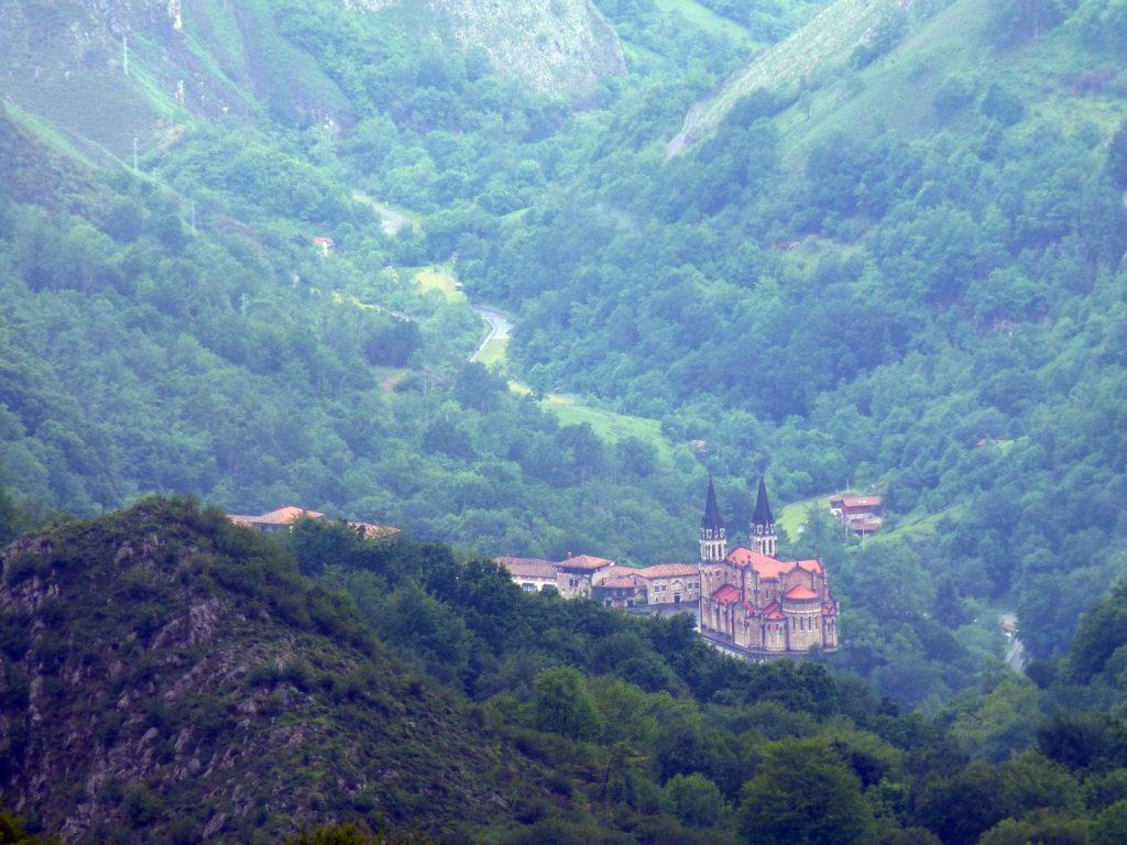 Basílica de Covadonga // Foto: Constantino Suárez.