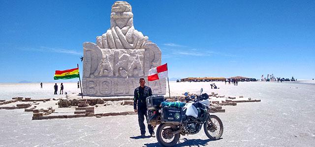 Vuelta a empezar: Historia de un viaje en moto por América