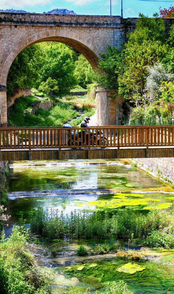 Nerpio nos da la bienvenida a la comarca de la Sierra del Segura.