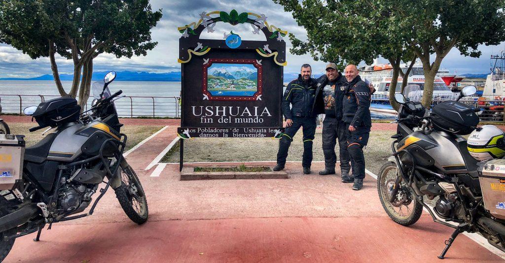 Con Marcelo Aliendro, presidente del Motoclub Latitud 54 Sur, que organiza anualmente el Encuentro de Motoviajeros.