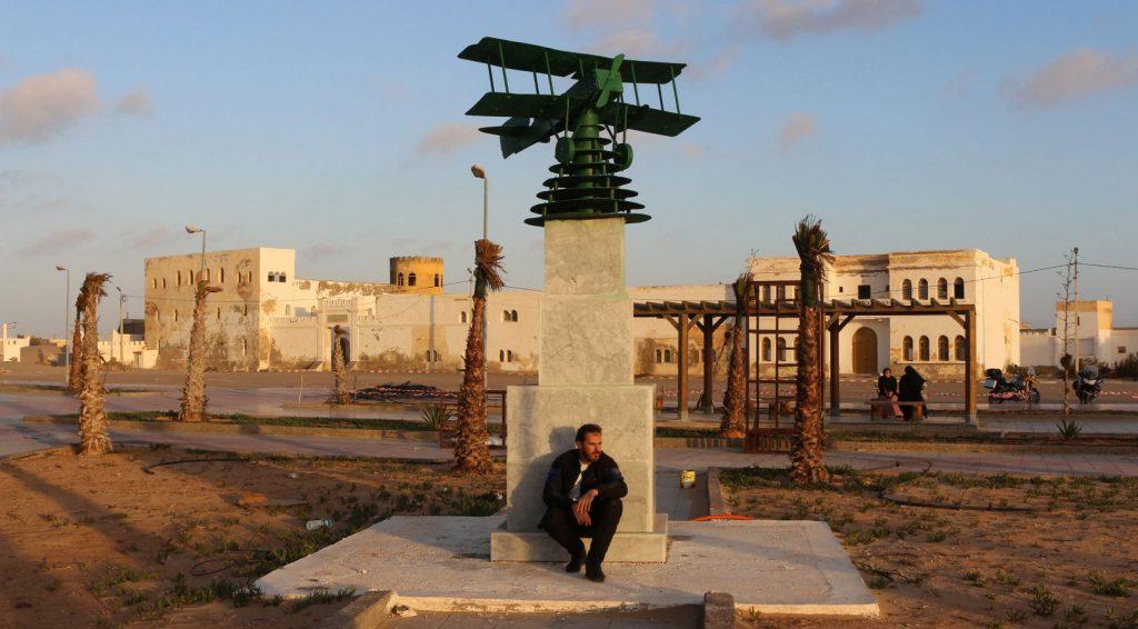"""Tarfaya: en recuerdo del aviador y escritor francés Antoine de Saint Exupéry, autor de """"El Principito""""."""