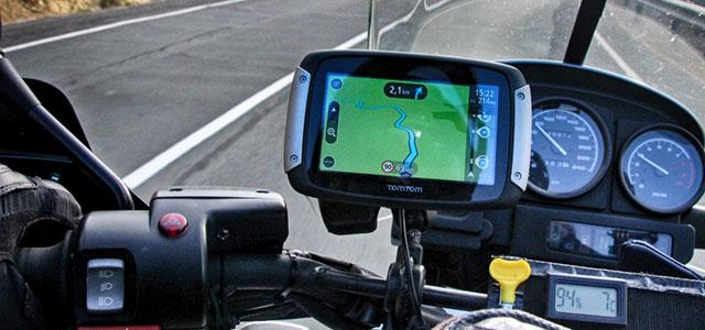 Navegador de moto TomTom Rider.