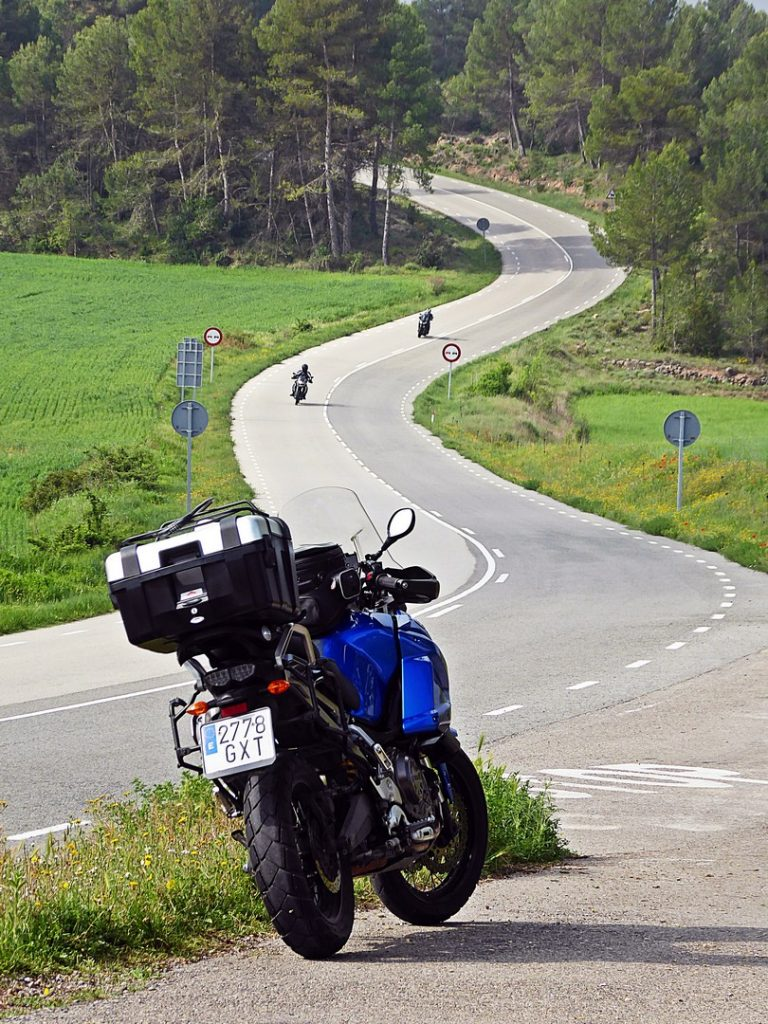 Can Massana, la carretera de Montserrat.