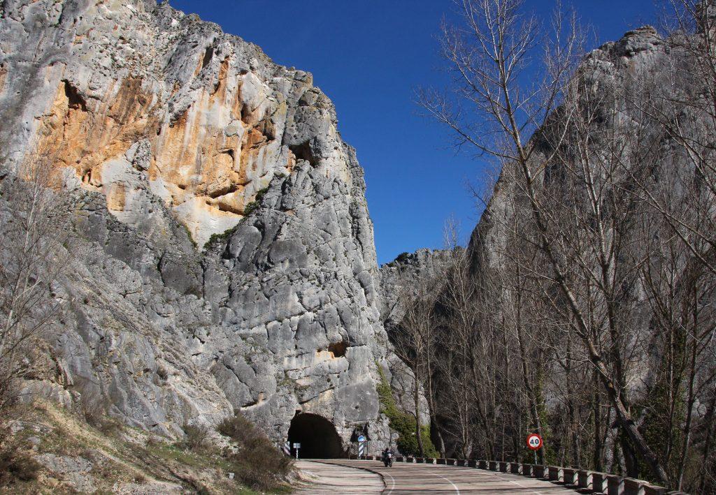 Rally Mototurístico Camino del Cid: Desfiladero de la Yecla.