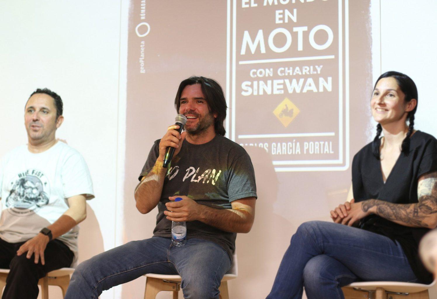 """""""El mundo en moto con Charly Sinewan"""", presentación del libro en Madrid."""