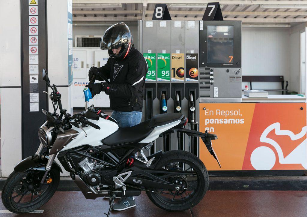 Repsol Moto Stop, las primeras gasolineras para motos.