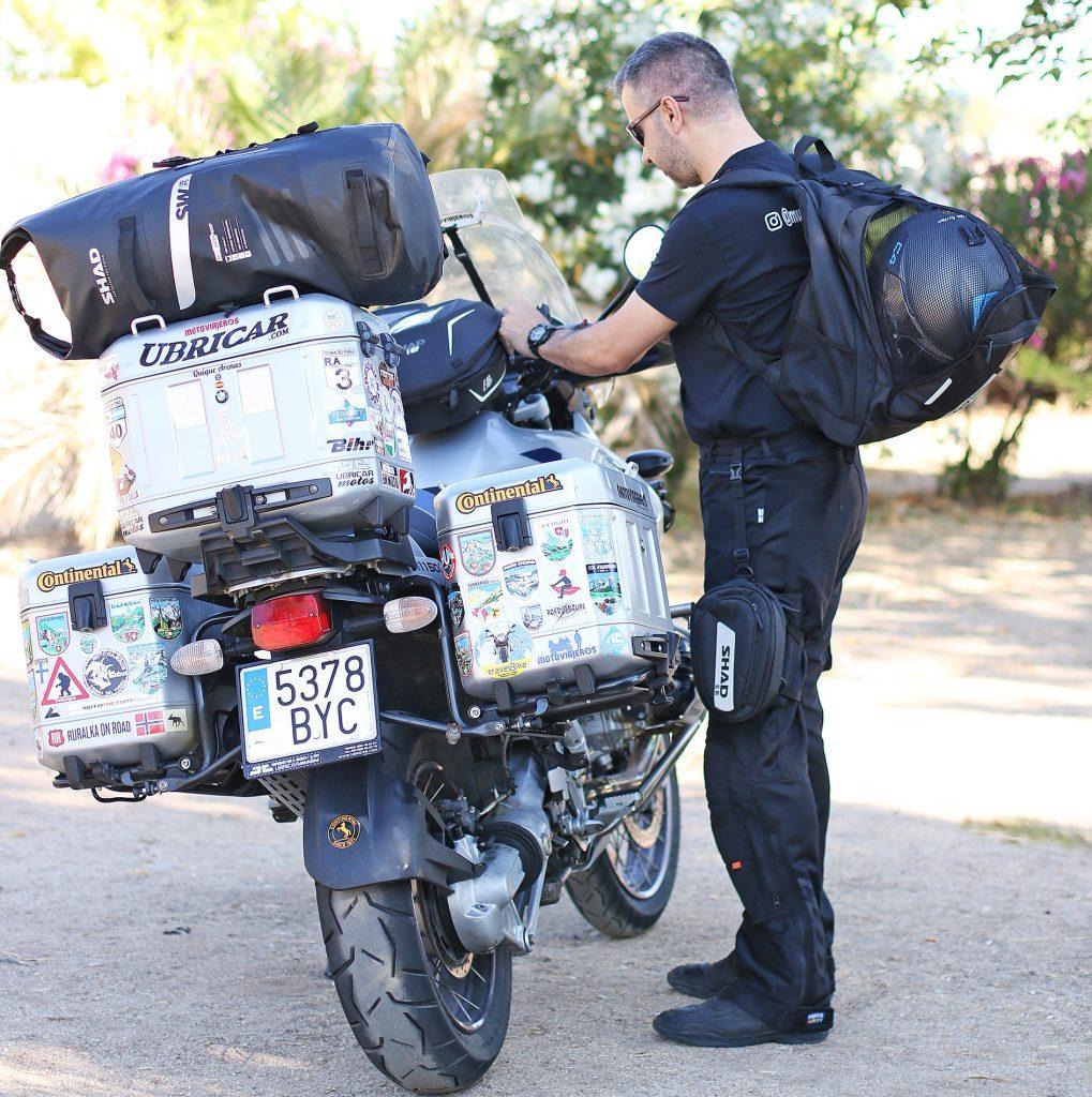 Bolsas SHAD: equipamiento para moto y piloto.