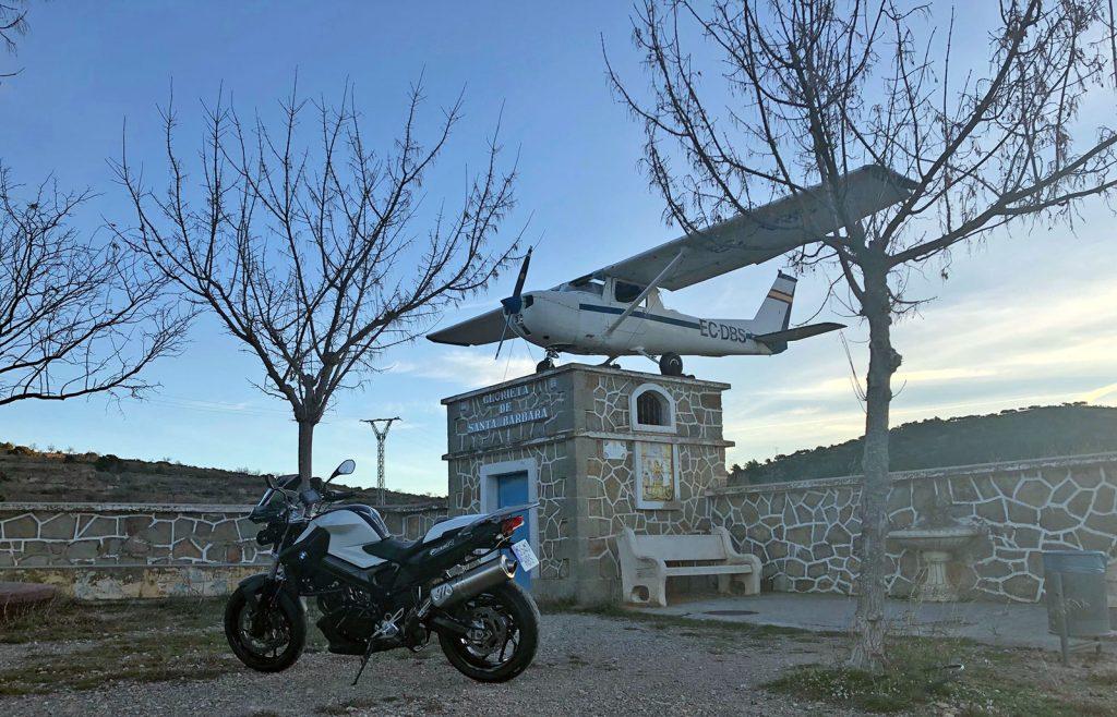 Avioneta en Alcublas.