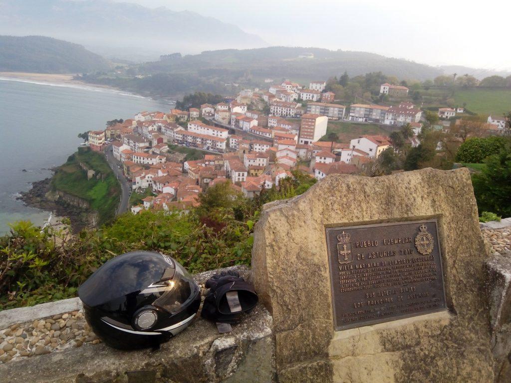 Asturias en moto: pueblos ejemplares, Lastres.