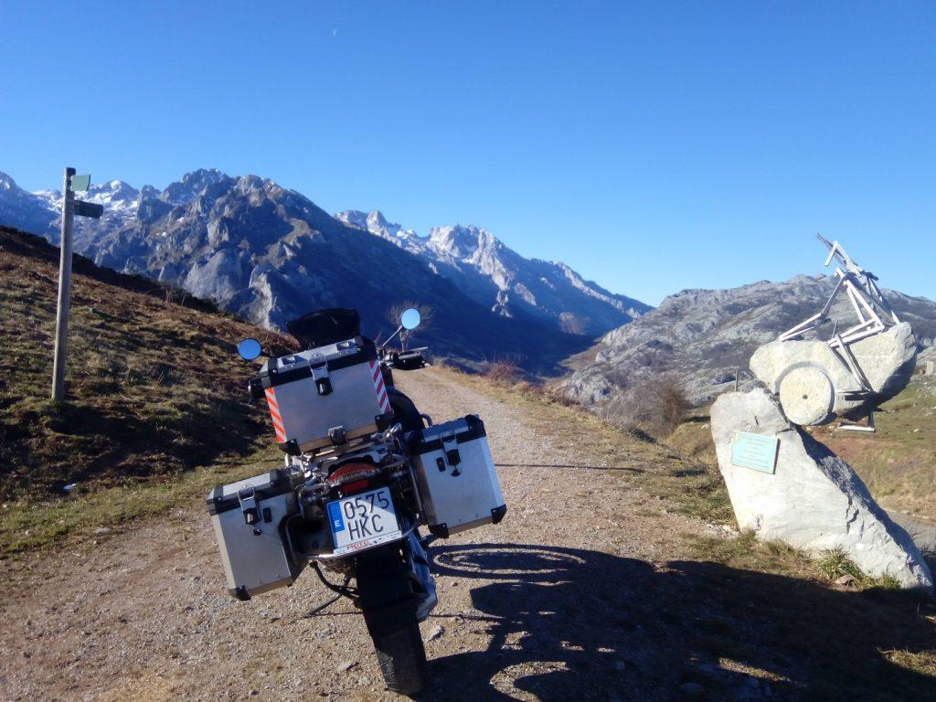 Asturias en moto: puerto del Caballar.