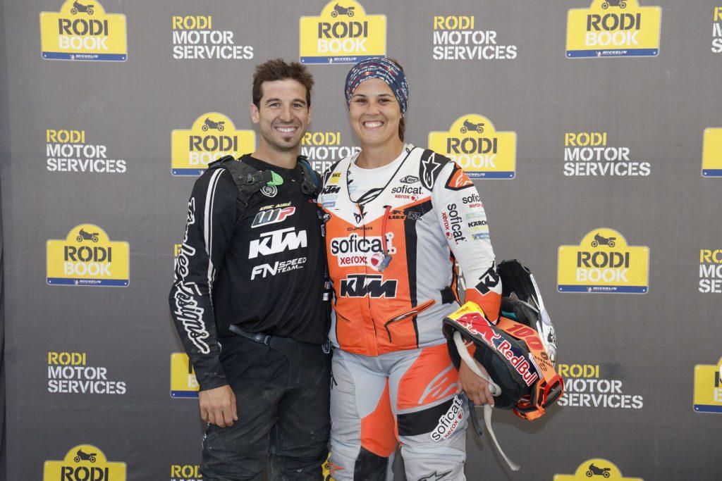 Los pilotos oficiales de KTM Jaume Betriu y Laia Sanz estuvieron presentes en el Rodibook 2019.