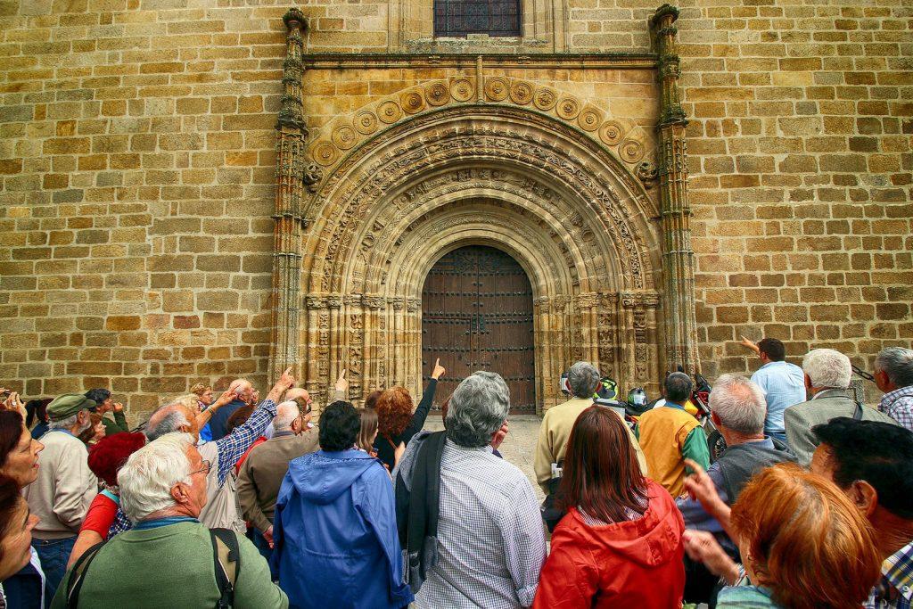 Iglesia de Santa María la Mayor de la Asunción, en Brozas.