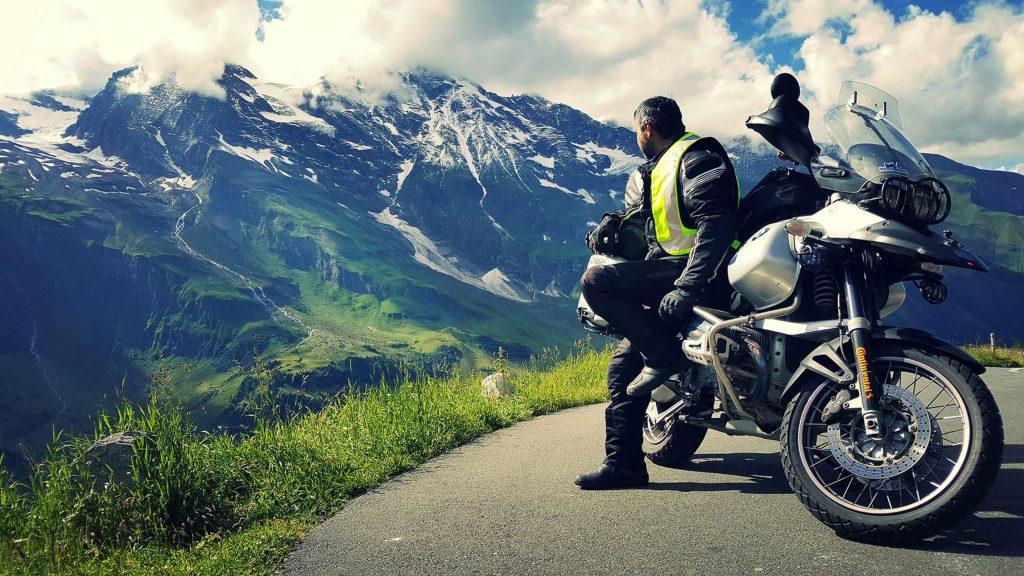neumatico-viaje-en-moto