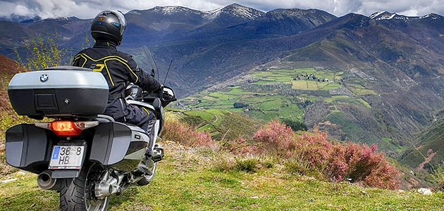 Neumáticos para viajar en moto