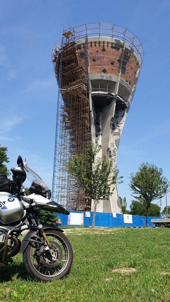 Torre del depósito del agua en Vukovar, Croacia.