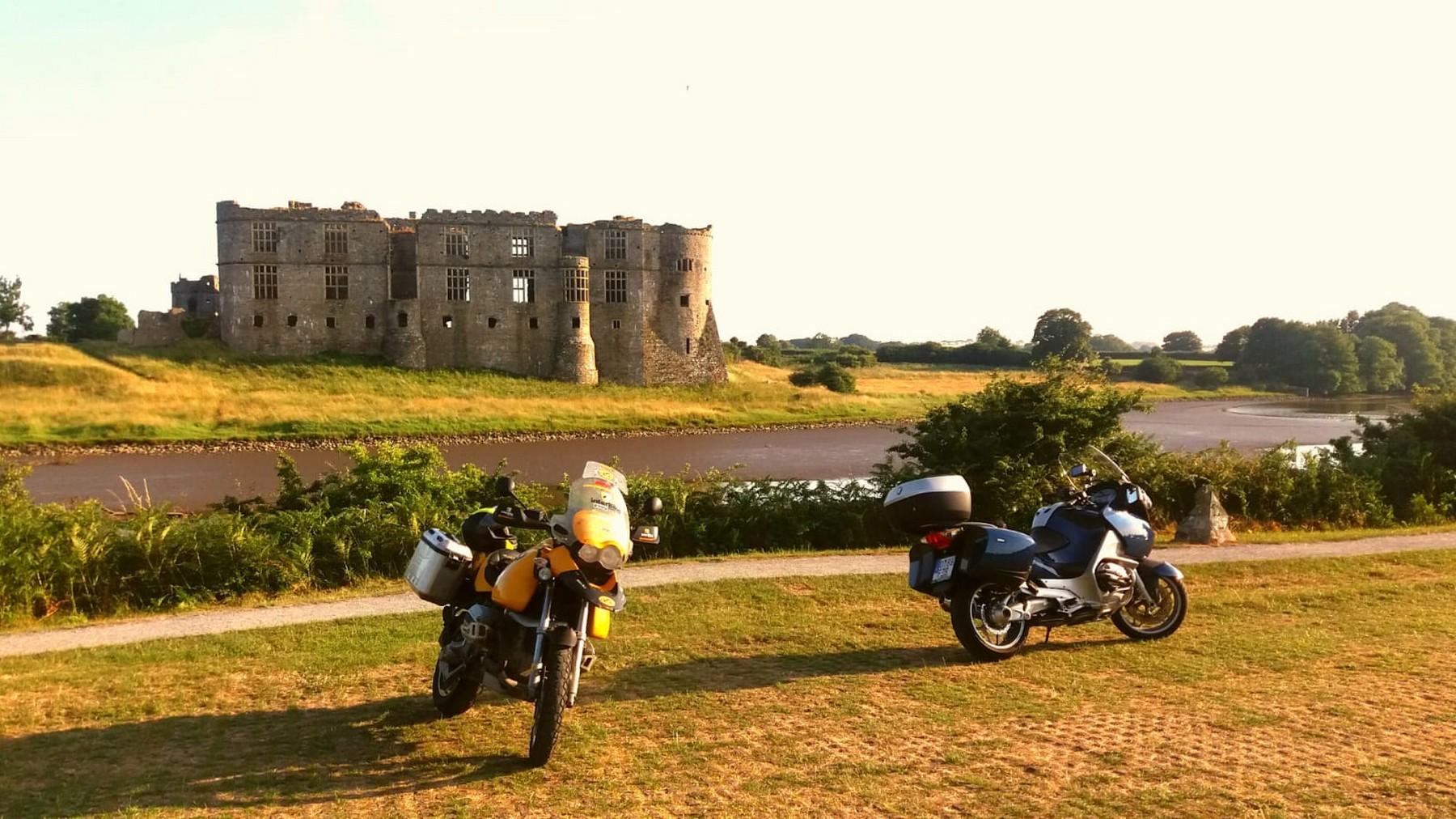Gales en moto: Cardigan