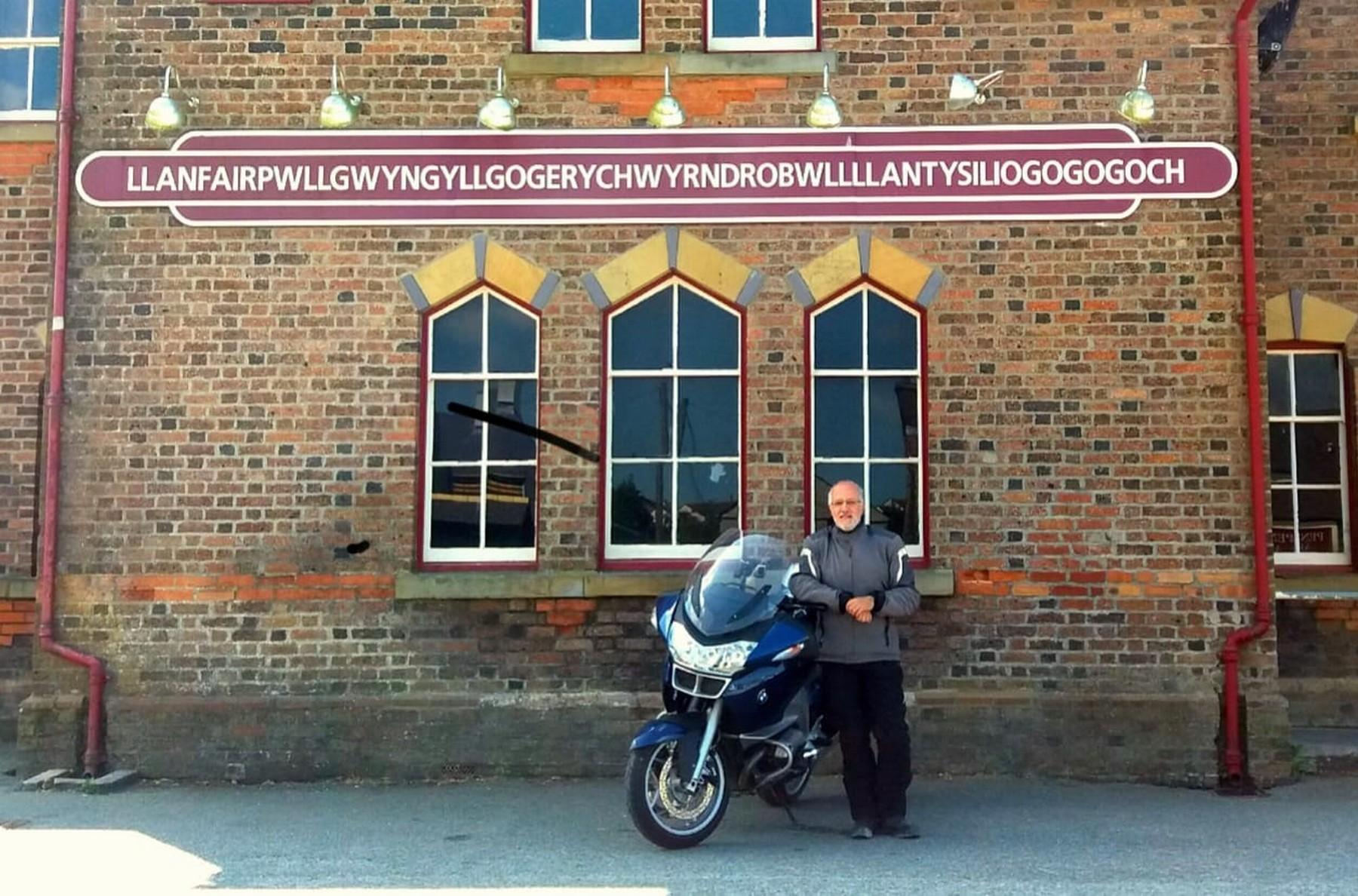 Gales en moto: Llanfair P.G