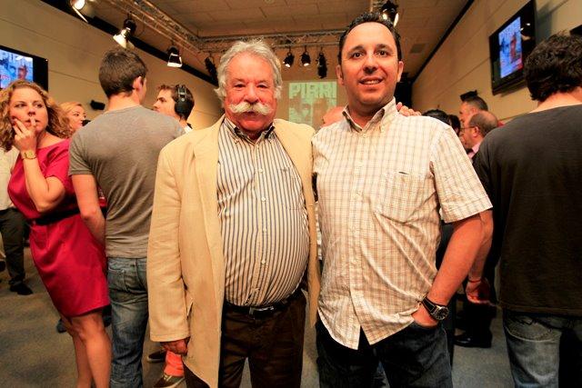 Tomás Díaz-Valdés junto a Raúl Romojaro, actual jefe de motor de AS.