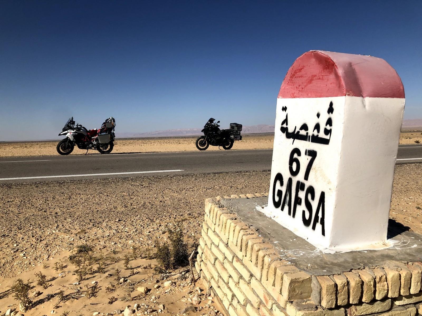 Túnez en moto.