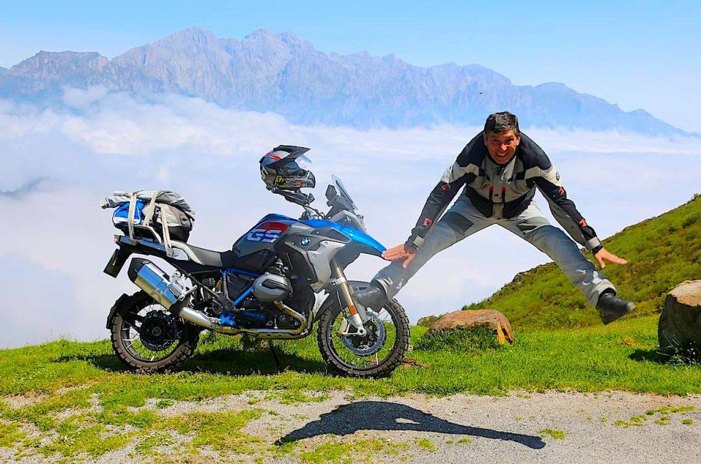 Disfrutaremos más de la sensación de libertad que produce la moto.