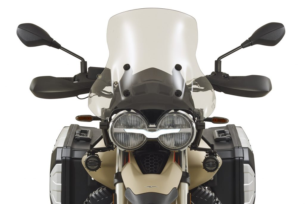 El frontal, con el logo de la marca italiana en los faros.