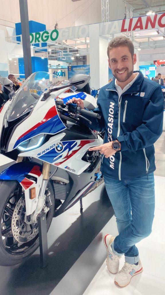 Pasión por las motos, también en el tiempo libre.