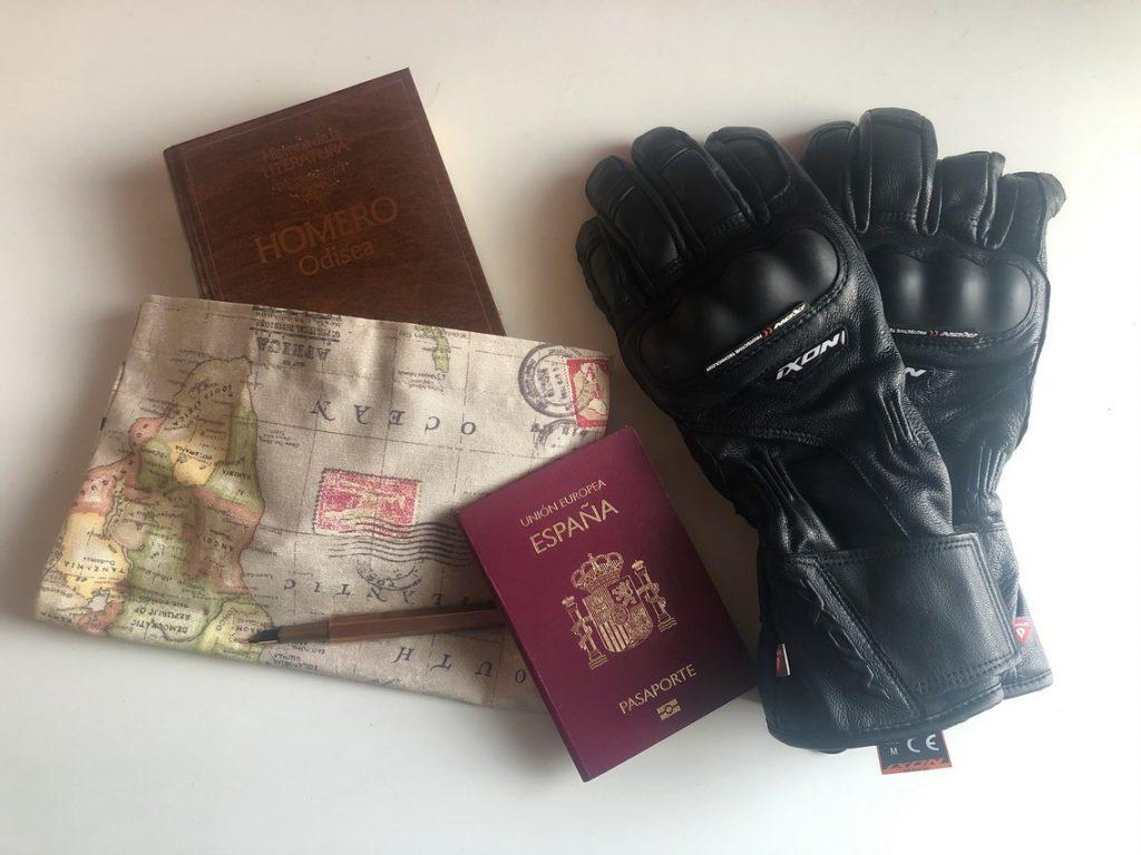 Books&Moto: Libros de viajes para este verano.