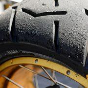 Pon a punto tus neumáticos de moto