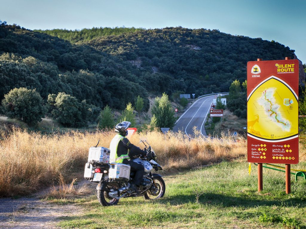 Venta la Pintada (Gargallo), inicio de The Silent Route en moto.