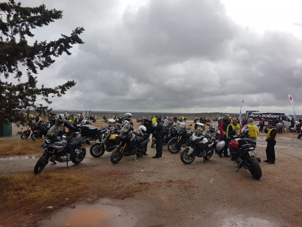 Cerca de 1.500 motos participaron en el Lès-a-Lès