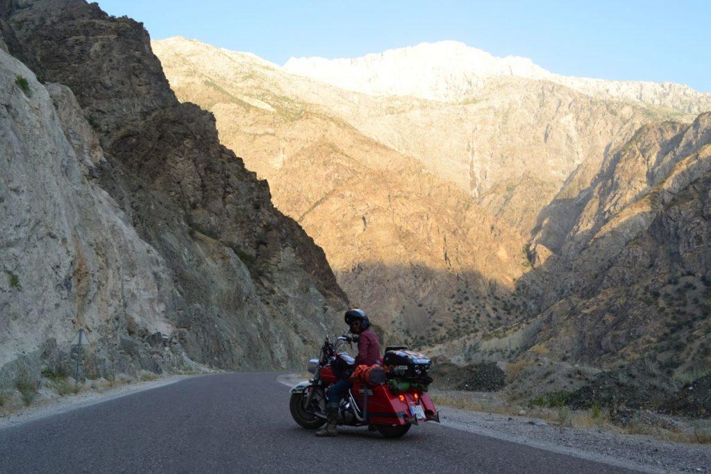 Desfiladero en TaJikistán