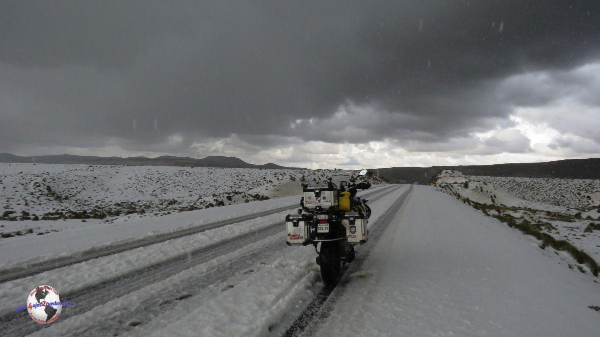 Camino a Puno. Perú