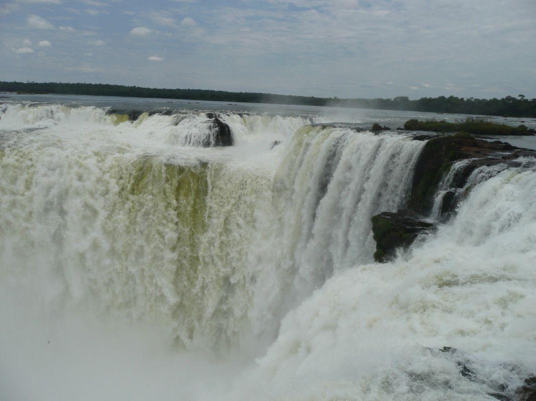 Las cataratas de Iguazú, una de las siete maravillas del mundo